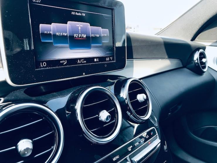 Benz-2015-Benz-C300-C63-11