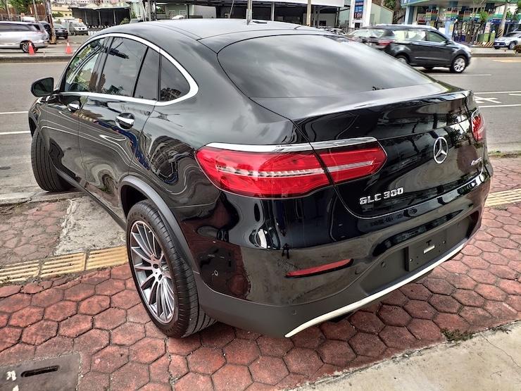 Benz 2019 GLC300 外匯全新車