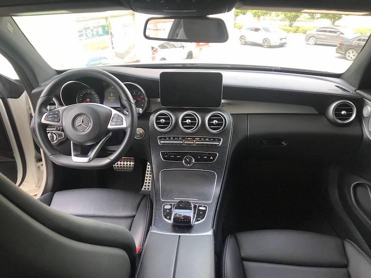 2016-17 Benz(賓士) W205 C300 4MATIC 雙門 白 AMG 黑梣木