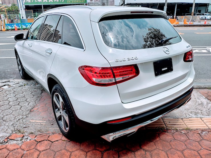 2016 Benz X253 GLC300 4MATIC 白-柏林之音