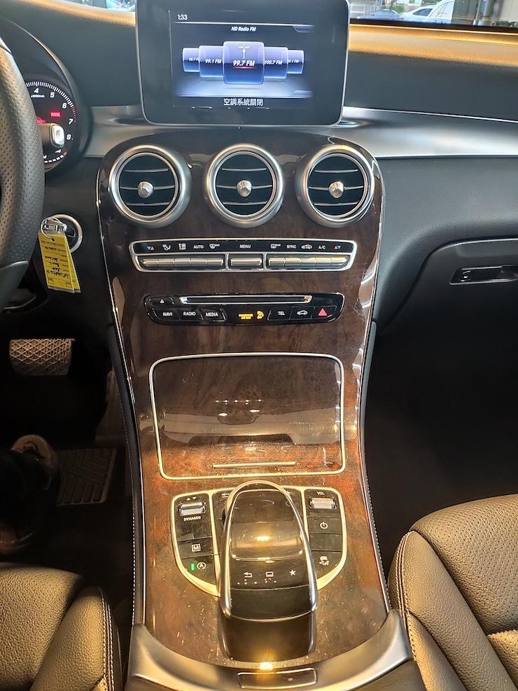 2016 Benz X253 GLC300 4MATIC 白-360環景+自動停車