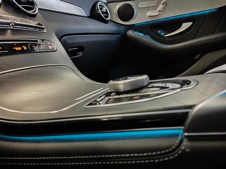 2019 Benz (賓士) X253 GLC300 4MATIC 黑 黑岑木+氣氛燈+LED頭燈