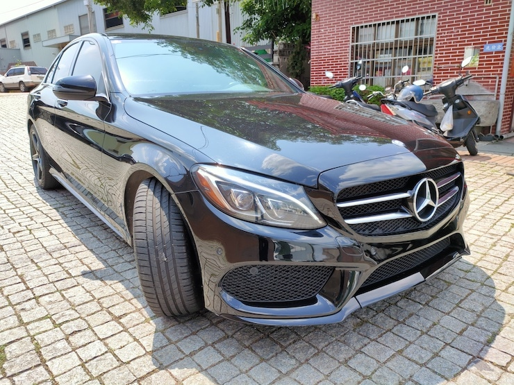 2016 Benz W205 C300 AMG 柏林之音 雙魚眼 氣氛燈