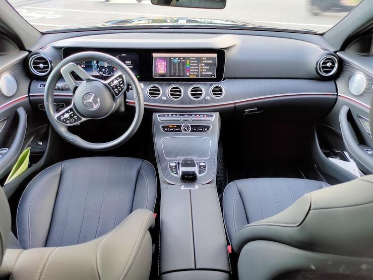 2019 Benz (賓士) W213 E300 AMG Line 黑 23P 360°環景 新款方向盤