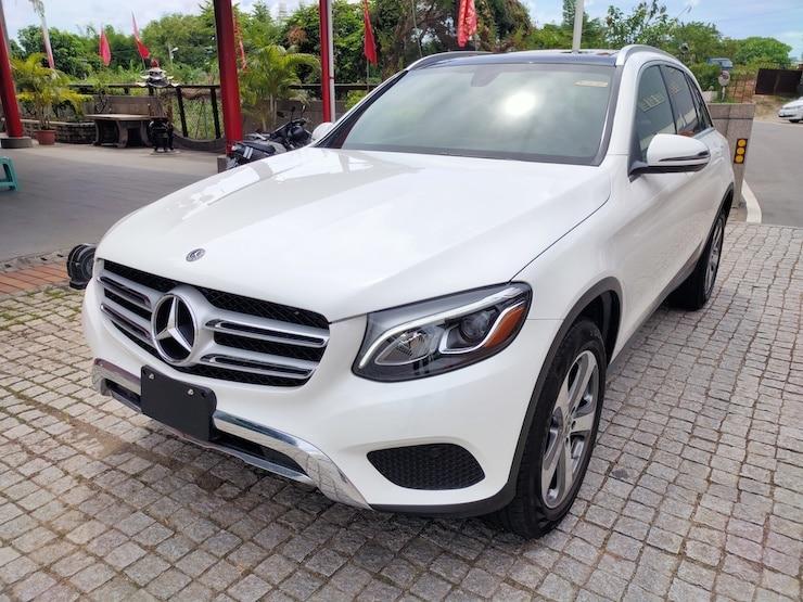 2019 Benz (賓士) X253 GLC300 白 黑梣木 + LED頭燈