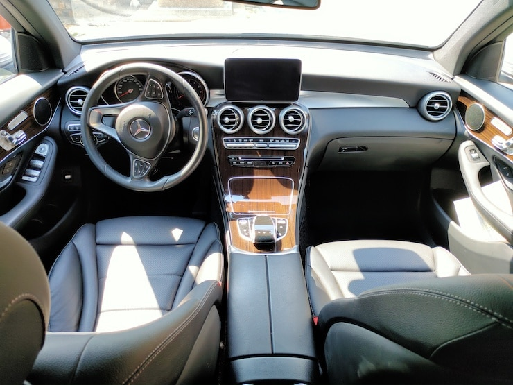 2016/17 Benz X253 GLC300 4MATIC AMG 銀 360環景 + 前後雷達自動停車