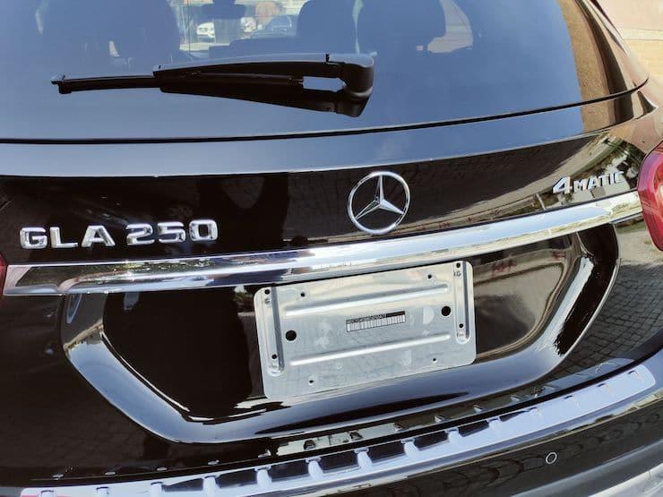 "2016 Benz(賓士) X156 GLA250 4MATIC 黑 19""鋁圈+前後雷達自動停車"