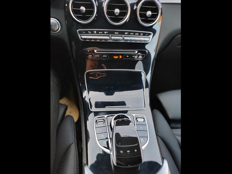 2019 Benz X253 GLC300 4MATIC AMG 黑 360環景 + 前後雷達自動停車